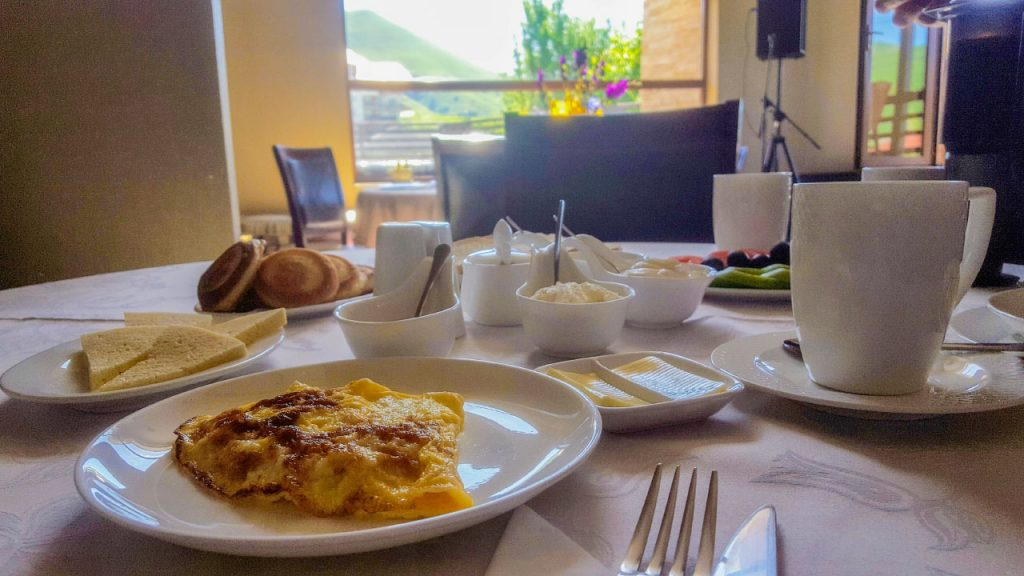 إفطار منزلي شهي