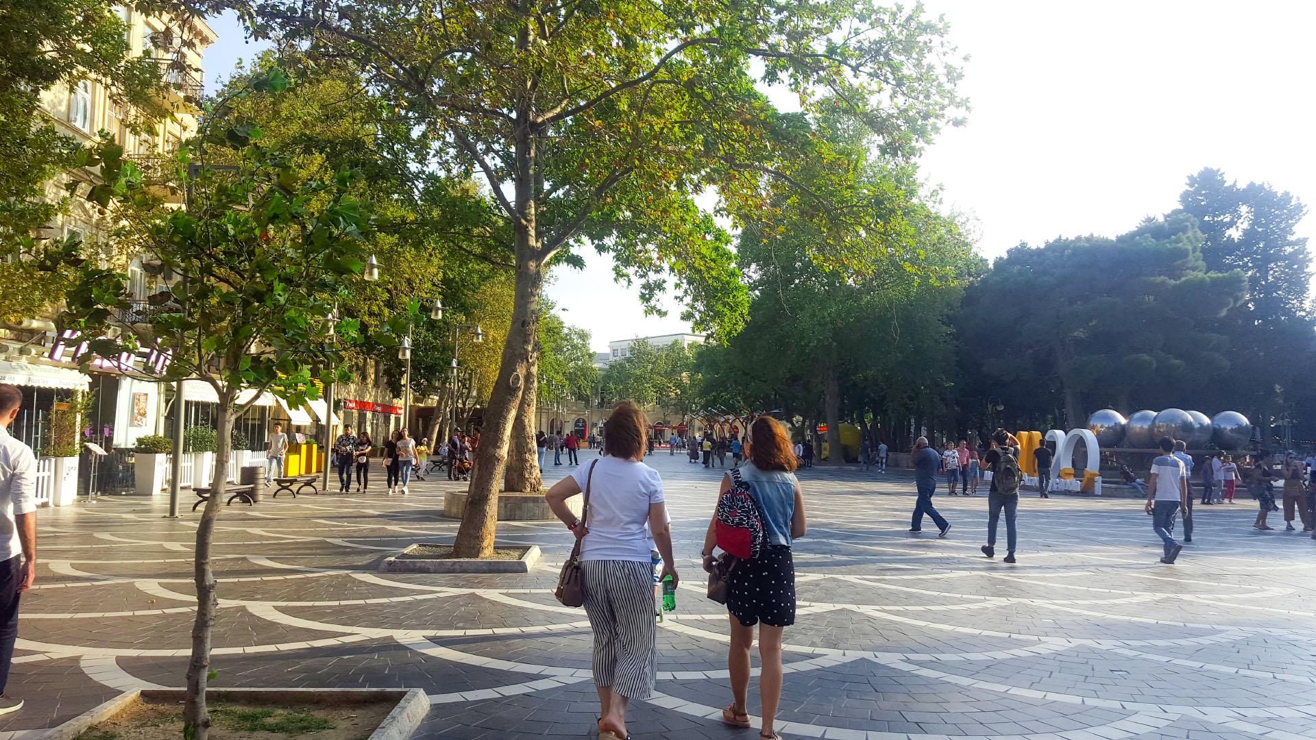 شارع نظامي المزدحم